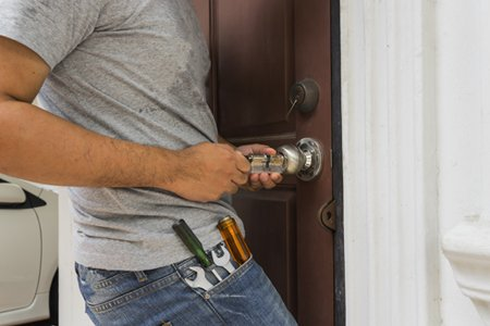 Locksmith Key Shop Metairie, LA 504-335-0653